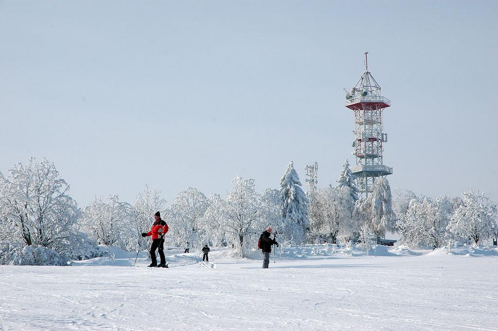 Sjezdovka Kozákov, rozhledna. foto: snow.cz, autor Petr Havelka